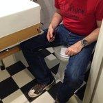 Enge, ungesunde Toilette
