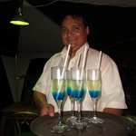 Sam Lopez with a tray of fabulous cashew liqueur drinks!