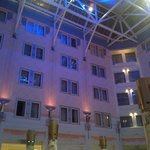 Sandvika, Thon Hotel - View of the inside at evening