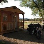 Sweet little cabin!