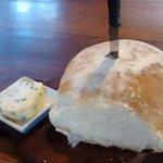 excelente pan casero con manteca saborizada