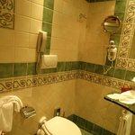 Bathroom in Piazza di Spagna suite