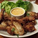 Chicken wings with chili sauce