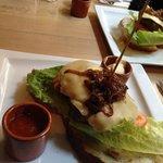 Hamburger su bruschettona