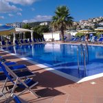 piscina pulitissima e ben curata
