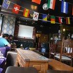 Bar do hostel, no térreo!