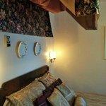 Strange old-fashioned decor in Bedroom #2