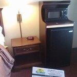 Refrigerator (no ice) + Microwave