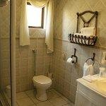 En-suite Luxury Bathrooms