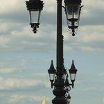 Pont de Pierre: details