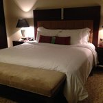 Business Suite - bed room at night