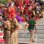 Guards mit Zuschauertribüne