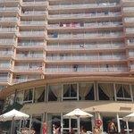 Hotel, vue de la piscine