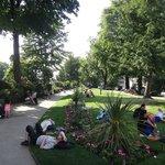 ポン・ヌフのたもとの公園1