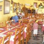 El Puente restaurant dining room