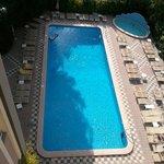 La piscina dall' alto