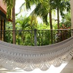 Ground floor patio, nice hammock.