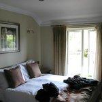 Unser Zimmer mit einem der beiden Betten