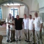 Hector Alfaro Y Su Crew