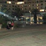 hotel di sera terrazza spettacolo