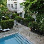 Poolbereich/Restaurant Außenbereich
