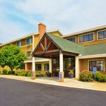 Photo of AmericInn Lodge & Suites Kearney