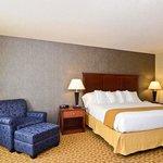 King Standard Guest Room