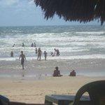 Sombra e vento fresco é na Praia do Futuro