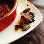 Сожжённый сахар в crema catalana