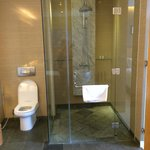 Big shower with a strong hot water flow (unlike some local hotels)