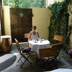 Out door dining area