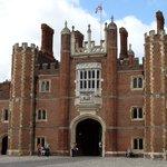 Hampton Court 02