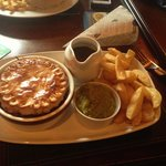 A nice hearty steak and ale pie!