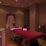 Spa Nuxe Treatment Room
