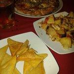 Panelle, patate vastase e pizza campagnola