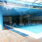 piscina cubierta y jacuzzis