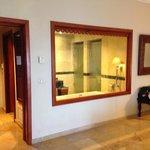 Bathroom jr suite