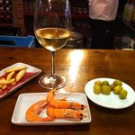 tapas & wine at Don Jamon