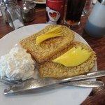 美味しいマンゴー&フレンチトースト