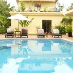 Monica Hotel - Swimming pool