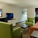 Holiday Inn Atlanta Airport North Executive Suite Living Room