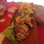 Prato (Peixe na Telha) servido nas barracas de Canoa Quebrada