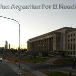 Facultad de Arquitectura y Floralis Generica (foto de mi blog)