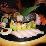 Un assortiment japonais pour  4 merveilleusement présenté