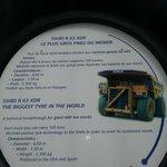 le plus grand pneu du monde