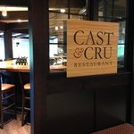 Old Log Theatre's Restaurant Cast&Cru