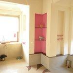 Perfect Washroom Detailed