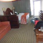 Habitación para 4 personas, una cama de 2 1/2 plazas y un sofá cama.