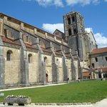 Veduta laterale dell'abbazia
