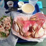 Steamed clams e lobster roll